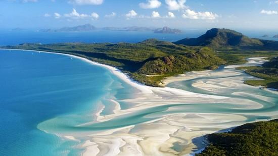 Whitehaven-Beach_Australia