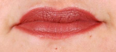 MAC_Bad_Girl_RiRi_lips